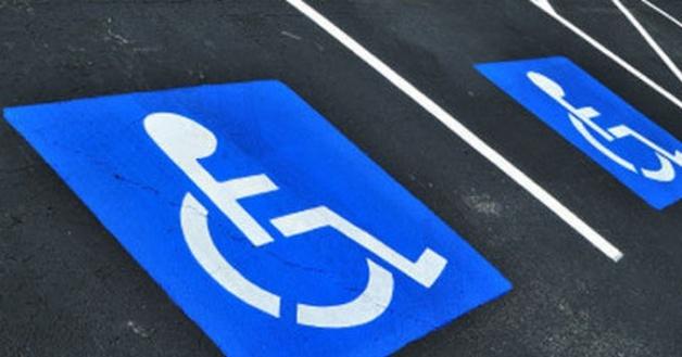 Разметка и знаки парковок для инвалидов